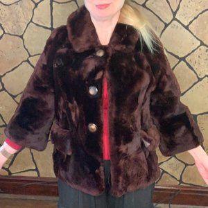 Cute short vintage 1960s mouton fur short coat